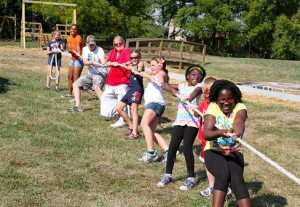 tug-of-war-faulkners-ranch-company-picnic