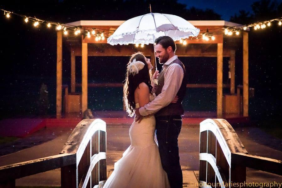 lighting-wedding-venue-faulkners-ranch-kansas-city-DIY