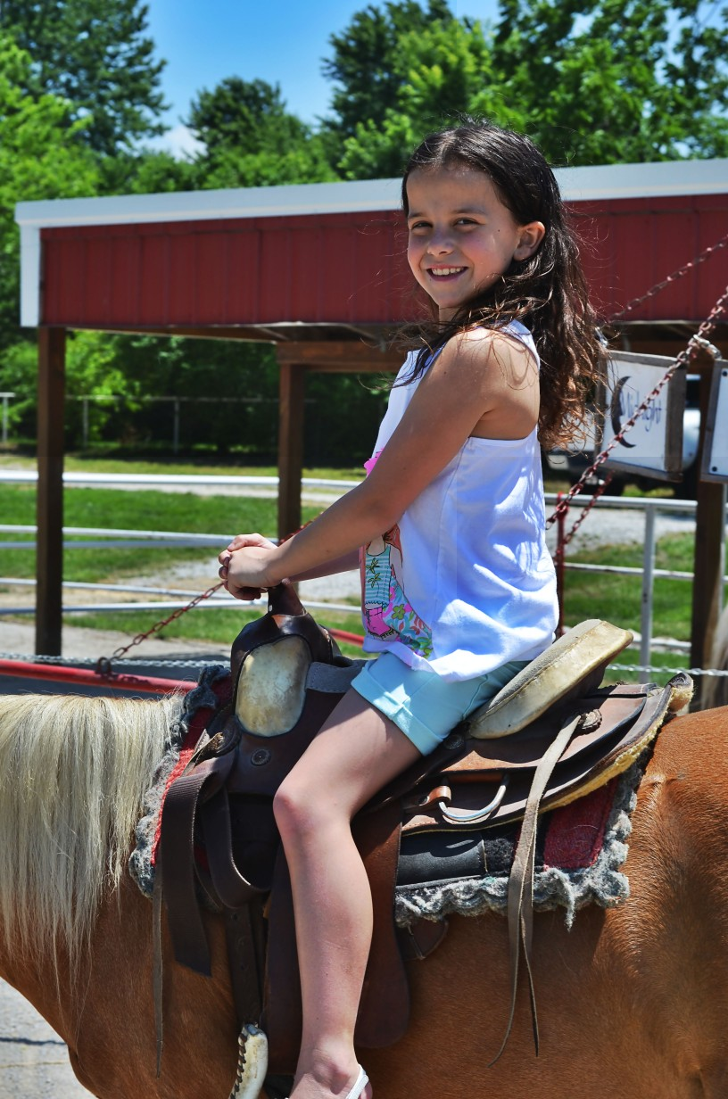 horseback riding in Kansas City at Faulkner's Ranch